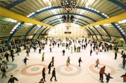 http://www.wessex.me.uk/ice%20rinks/chelmsfordriverside_ice_rink.jpg